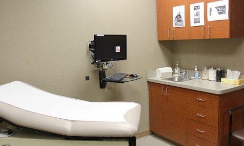 Summit Center patient room